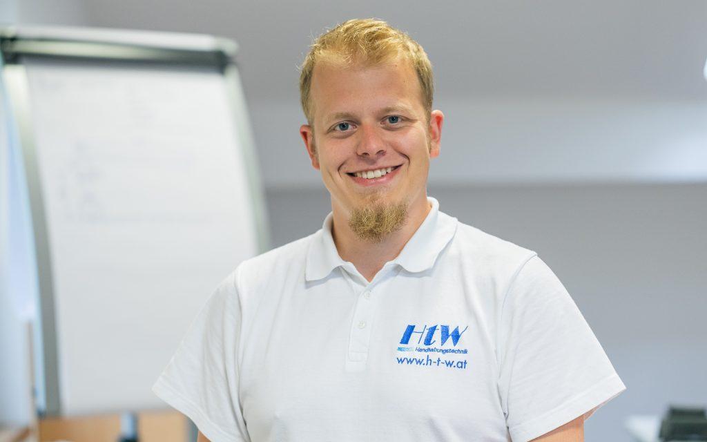 HtW, Markus Vollnhofer, Portrait, Handhabungstechnik, Winter, Mitarbeiter, Innendiensttechniker