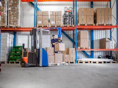 mobilheber, hebegerät kaufen österreich, mop, mobile order picker, logistikzentrum