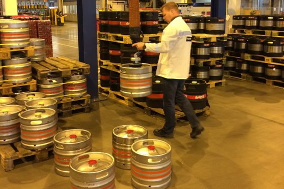 VacuCobra_beer kegs_food & beverage industry (2)